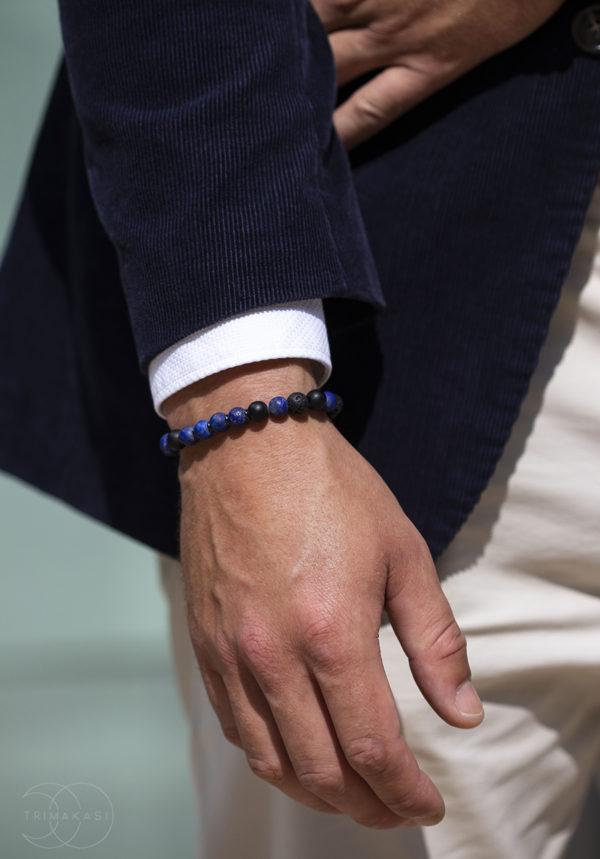 modrý náramek pro muže