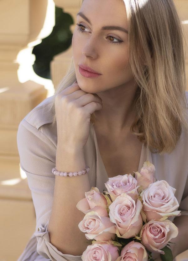 Růženín dámský náramek na ruku